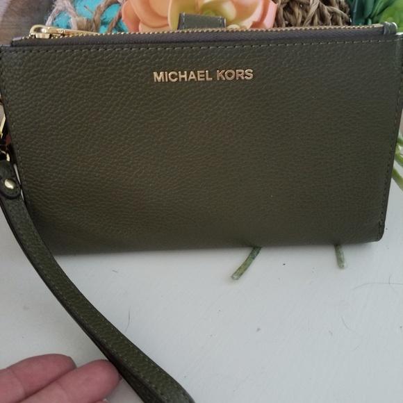 Michael Kors Adele olive double zip wallet wallets